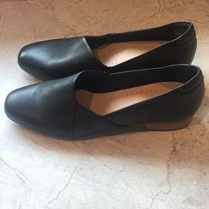 CLARKS black women's loafer Ultimate Comfort Sz 11